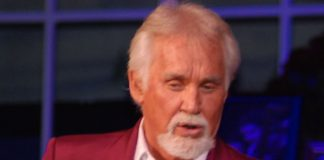 Kenny Rodgers Biography Facts.